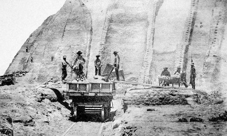 Mining guano
