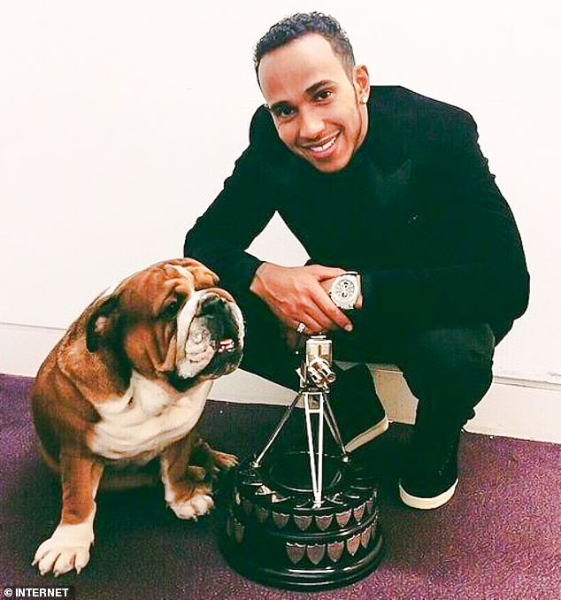 Lewis Hamilton and BBC award with Roscoe